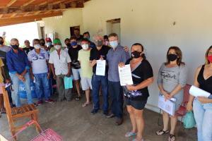 Comunidade comemora imissão posse no Sertão da Paraíba